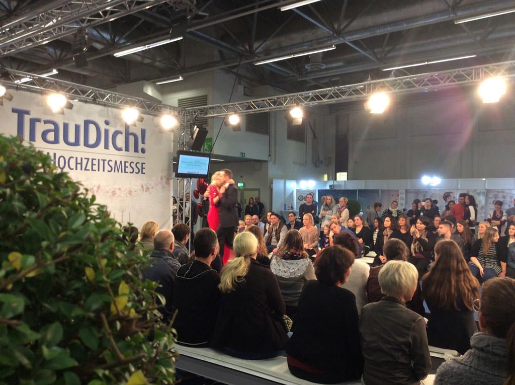 brautmoden-gerrys-trau-dich-messe-2015-bild1