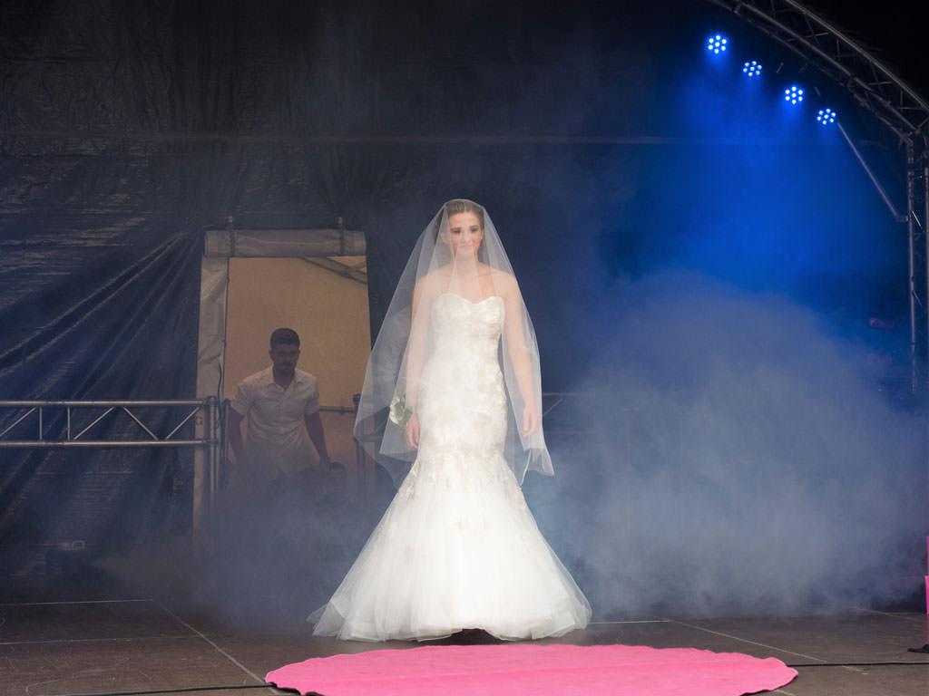 hanse-fest-neuss-brautmoden-brautkleid-2015