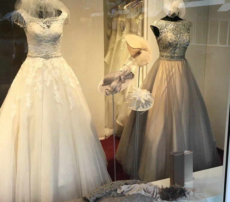 Braut- und Abendmoden – Die Kollektionen 2017 sind da!