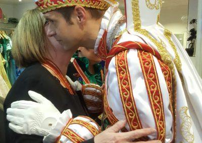 karneval-duesseldorf-2019-prinzenpaar-martin-sabine-kleider (10)