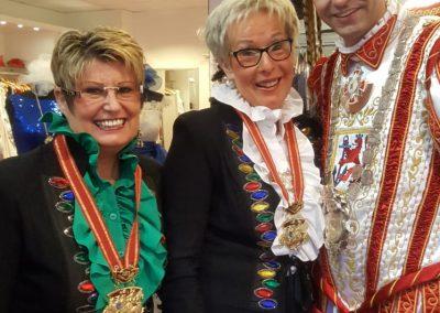 karneval-duesseldorf-2019-prinzenpaar-martin-sabine-kleider (11)