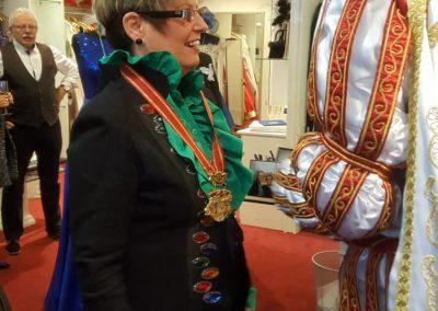 karneval-duesseldorf-2019-prinzenpaar-martin-sabine-kleider (15)