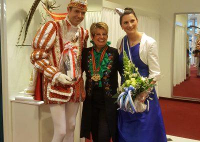 karneval-duesseldorf-2019-prinzenpaar-martin-sabine-kleider (2)